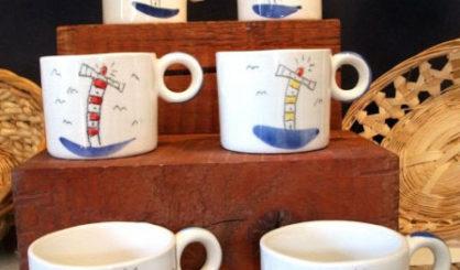 small mugs lighthouses